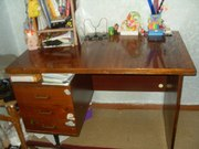 Продам письменый стол
