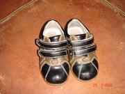 Детские туфли две пары  ,  интересно для ДВОЙНИ