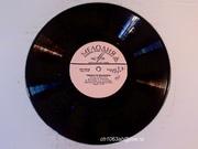 Пластинки»Музыка Говорите по- французски  1968г. «Мелодия» 33об. Гов