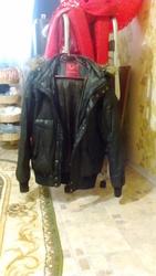 Продам зимнюю и демисезонную куртки,  зимнюю шапку(крым)