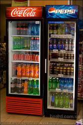 промышленный холодильник (витрина)