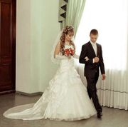 Продам свадебное платье сандра