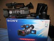 Продам SONY DСR - VX 2100e в идеале